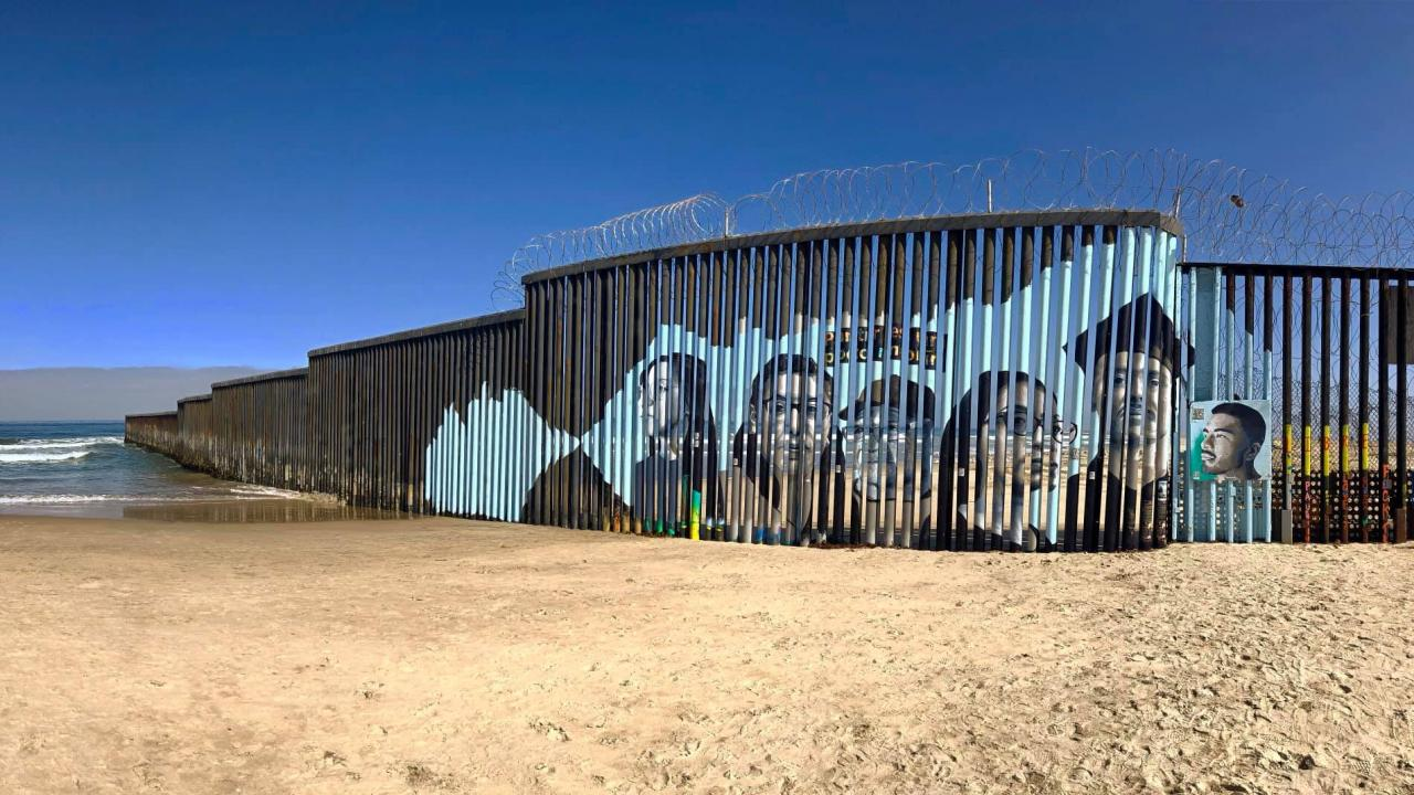 US/Mexico border wall mural project by Public Scholar Lizbeth De La Cruz Santana
